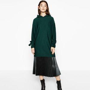 NWT Zara Dark Green Tie Sleeves Hoodie
